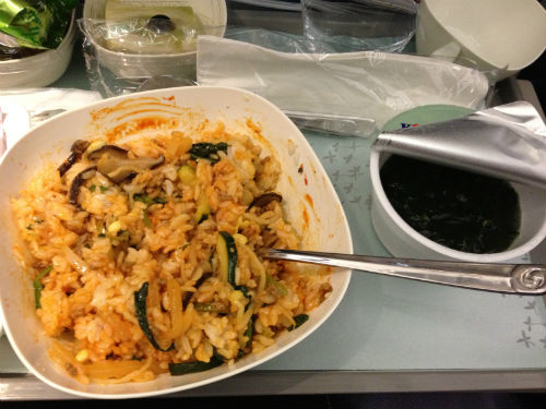 大韓航空 ビビンバとわかめスープ