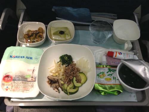 大韓航空の機内食ビビンバ