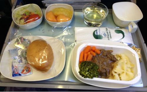 大韓航空 成田便 機内食1 ビーフ