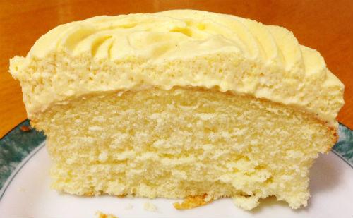 『安納芋のカップケーキ』断面図