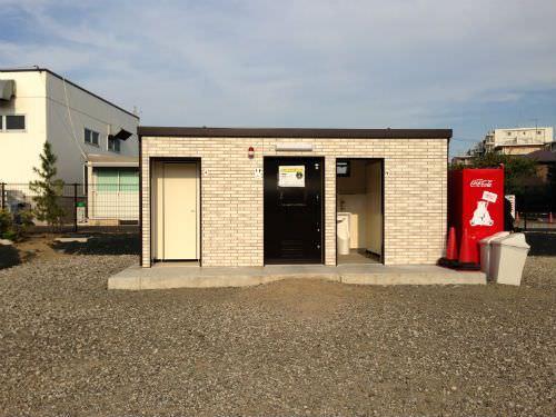 中野公園 トイレと自販機