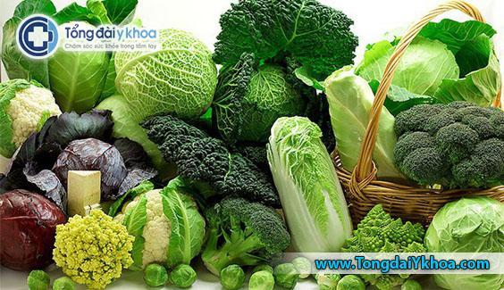 Cải xoăn, bông cải xanh và bắp cải đã được chứng minh là có tác dụng bảo vệsức khỏe của tim. Nhờ vào hàm lượng vitamin K của chúng.