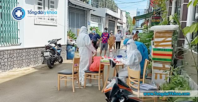 xet nghiem test nhanh covid tai cong dong