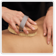 Boulder massage dry brushing