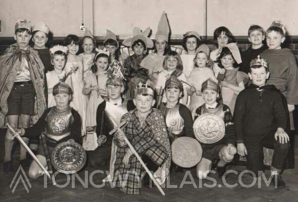 Tongwynlais Primary Nativity 1960s