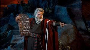 the-ten-commandments-movie-clip-screenshot-laws-of-god_large