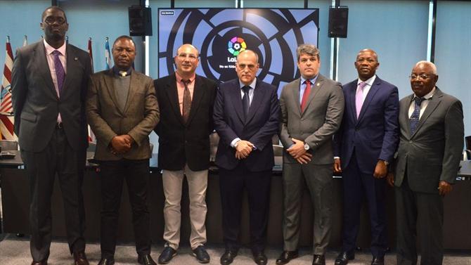 Acuerdo de colaboración entre la Escuela de Fútbol de la AFA y la LFP, Liga de Fútbol Profesional de España.
