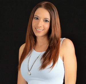 bio photo | Dr. Toni Falcone | Licensed Psychologist | Fort Lauderdale, FL