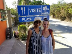 With Elia, just entering Zipolite from the east