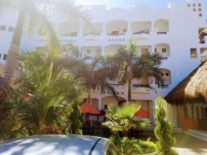 The court yard - Hotel Estrella de Mar