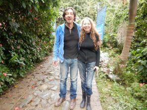 Zwei Spanier im Regenwald