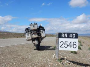 RN 40 - endlose Straße