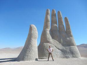 Mano de Desierto 11m hoch, direkt an der Ruta 5 Norte