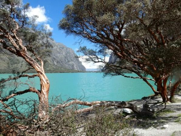 Laguna Llanganuco beim höchsten Berg Perus, dem Huascaran