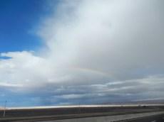 In der Atacama Wüste - Regenbogen über Calama!!!