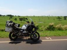 Durch Mato Grosso - Farmen so groß wie bei uns ganze Bundesländer.