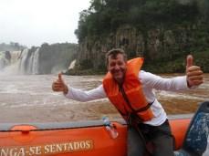 Mit dem Boot zu den Iguazu Fällen
