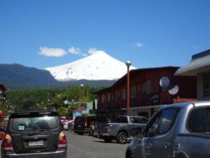 Pucon mit Vulkan Villarico