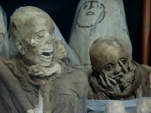 Mumien im Museum von Leimebamba