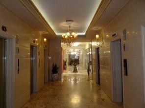 Luxushotel in Maschhad - Aufzüge mit Zielrufsteuerung!!!