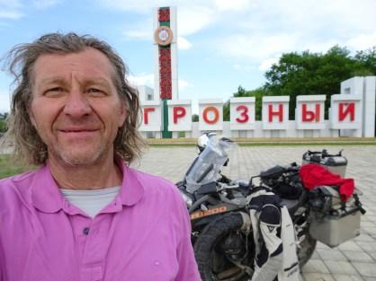 Stadteinfahrt nach Grosny