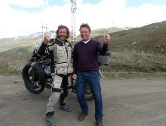 Treffe Manfred auf dem Weg nach Jerewan.