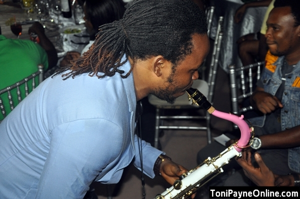 Yemi Sax ups the groove