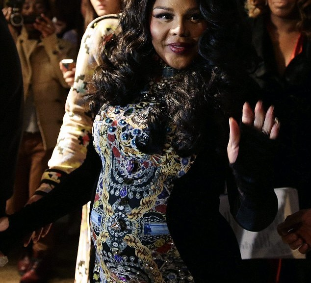 Lil Kim Gives Birth to Baby Girl – Names her Royal Reign