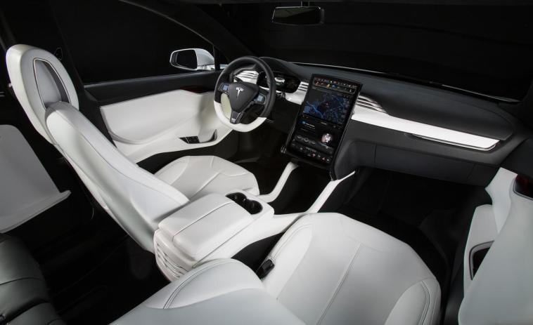 Tesla Model X 60D interior