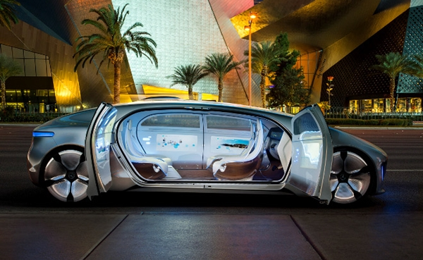 Mercedes-Benz F 015 Concept Car - Video and Pictures 3