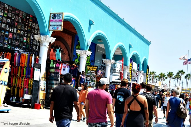 Things to do at Venice beach - boardwalk