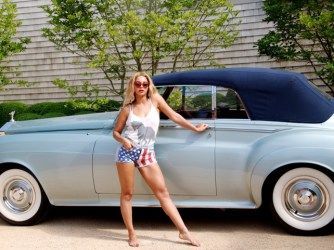 Celebrity Cars: What car does Beyonce drive? Here is a list