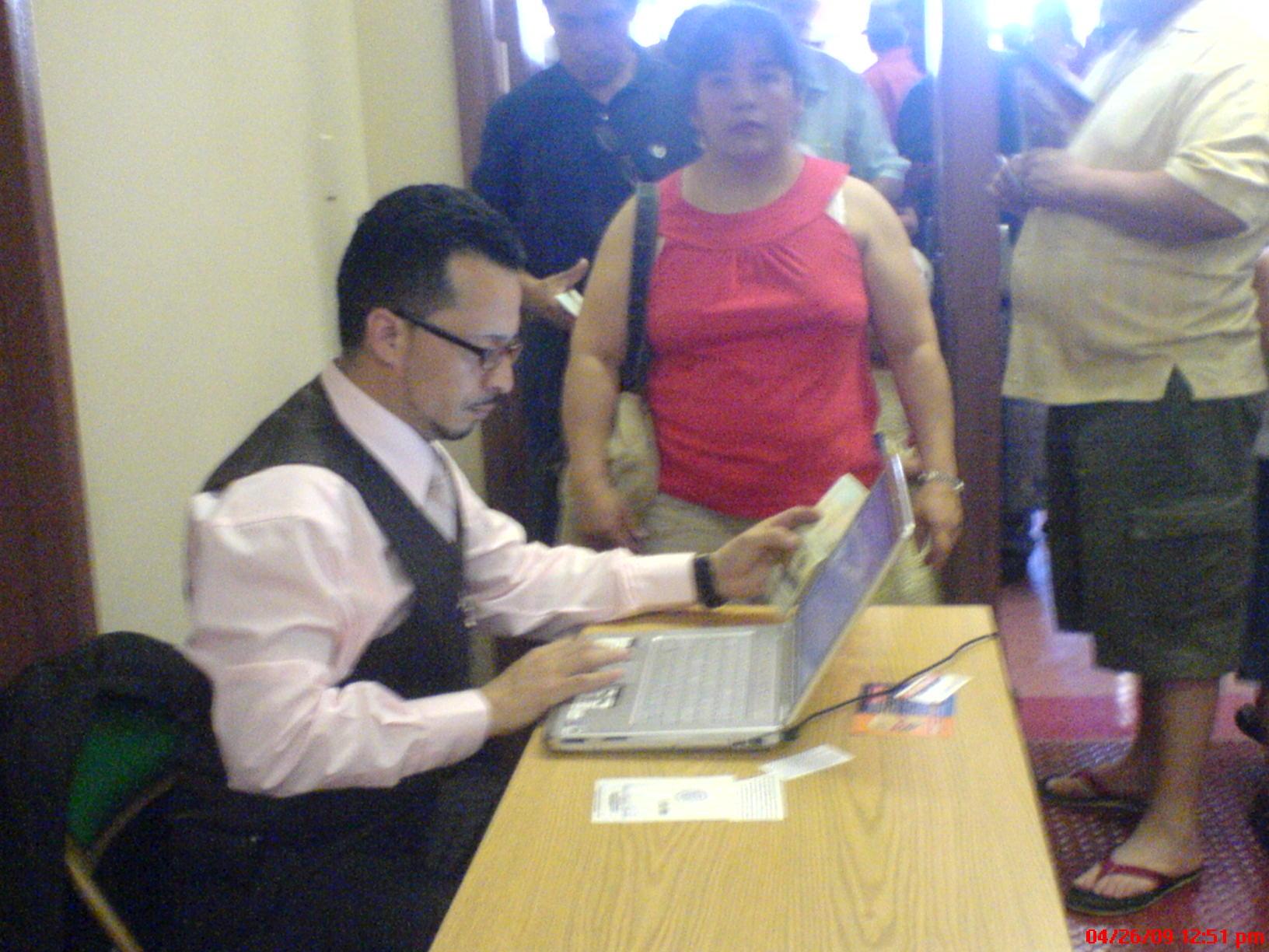 Empleado del Consulado ecuatoriano en New Jersey