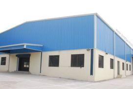 Làm mái nhà xưởng và vách mặt dựng - Tôn Kháng Ăn Mòn PVC-A