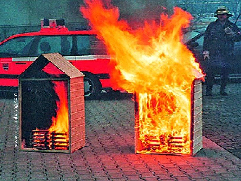Tôn chống ăn mòn PVC với khả năng chống cháy