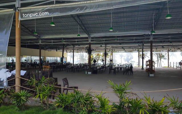 Hình 05 : không gian Nhà hàng bãi biển của SunWorld Hòn Thơm Nature Park - Kiên Giang, Tôn Nhựa ASA/PVC màu Xám Đen