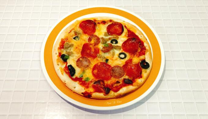 トロナペパロニピザ(焼き上がり)