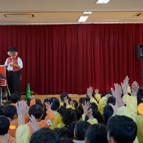 愛知県名古屋市のぜんしん保育園で出張イベント♪疲れたピエロとやる気のある園児たち