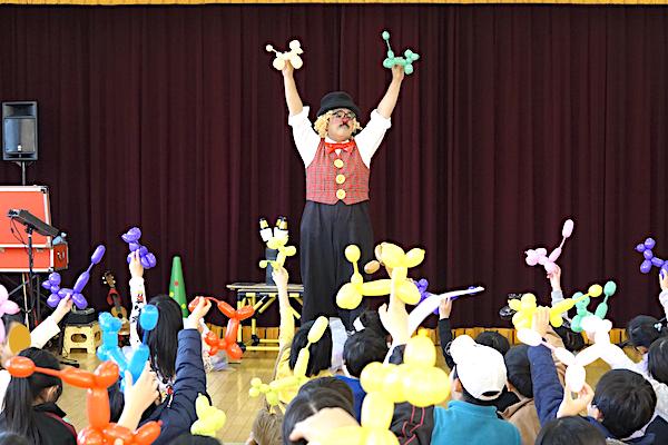 藤藪子ども会の6年生を送る会をピエロが盛り上げまくっちゃう♪愛知県豊田市