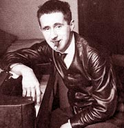 Thi hào Đức Bertolt Brecht: Tỉnh táo đối mặt với đời