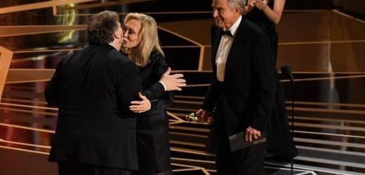 """Lễ trao giải Oscar 2018: """"The Shape of Water"""" giành giải Phim xuất sắc nhất"""