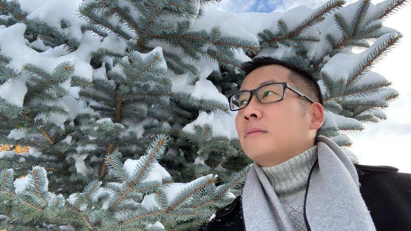 Vị giáo sư tại Mỹ nặng nợ với văn học Việt Nam