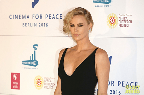 Charlize-Theron.png
