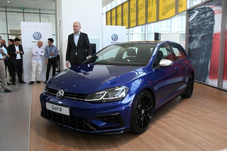 web_VW_Golf_7_facelift_-3.jpg