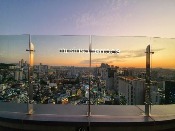 홍대입구/연남동 AK&(AK앤드): 무신사 테라스 전경 HongDae University / Yeon-Nam Dong AK&(AKAnd): MUSINSA Terrace View