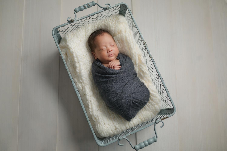 best rockville, maryland newborn photographer | Tonya Teran Photography