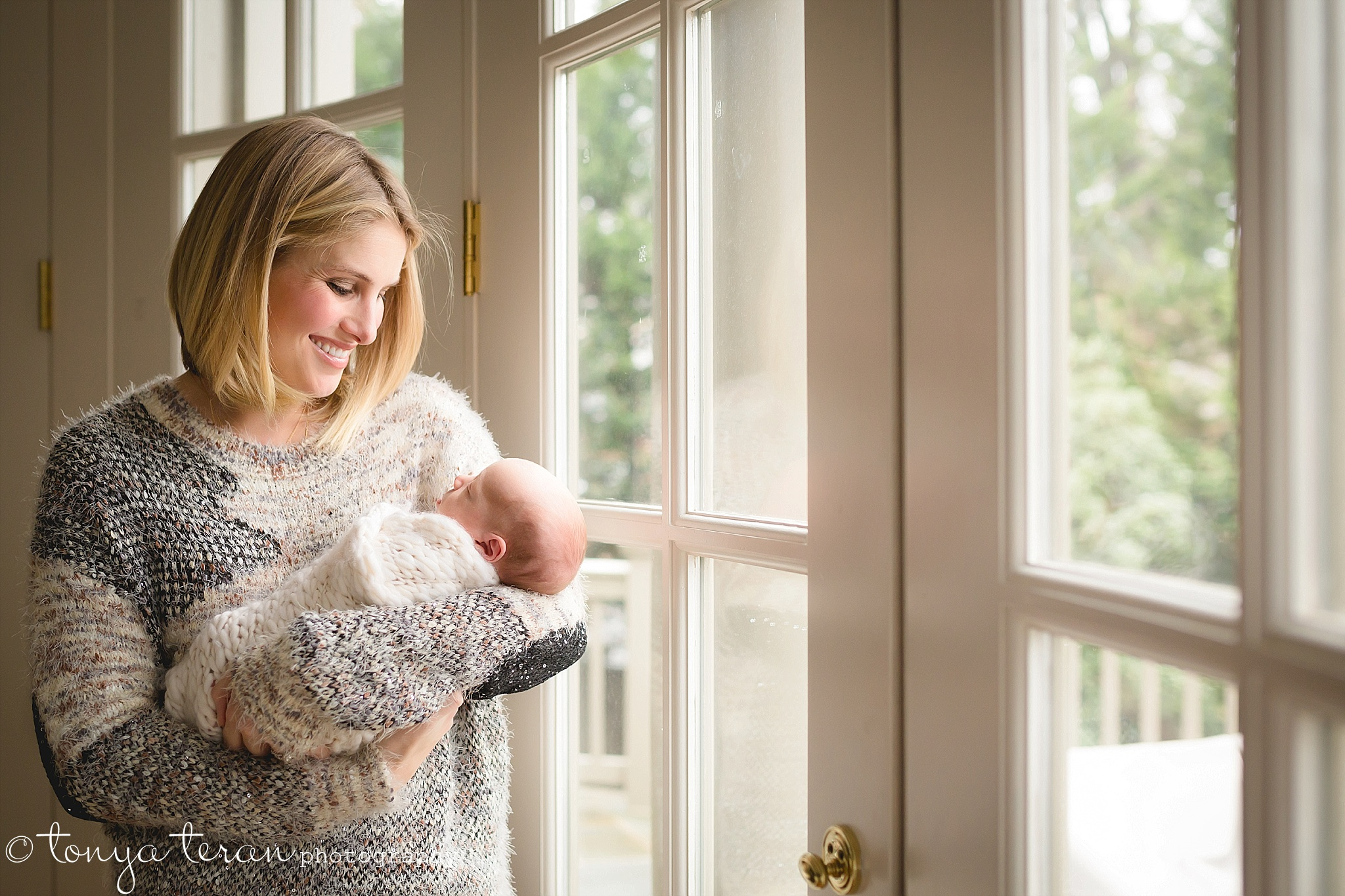 Family Newborn Photo Session | Tonya Teran Photography, Gaithersburg, MD Newborn, Baby, and Family Photographer
