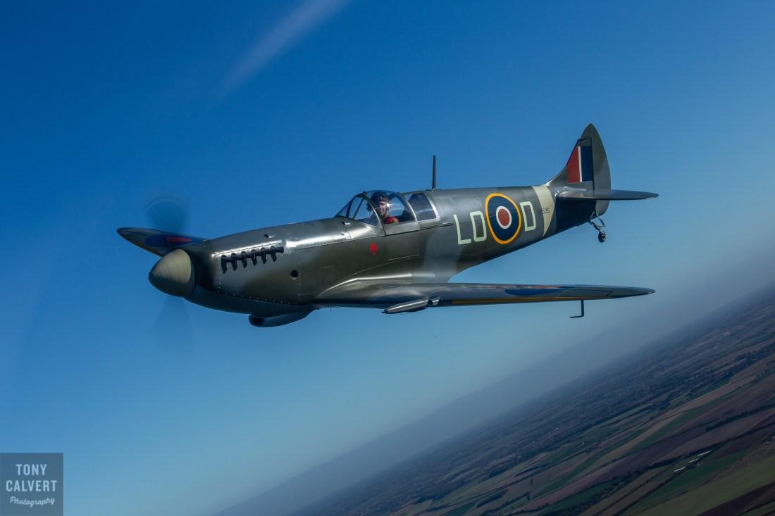 Mk26 Spitfire Air to Air shoot