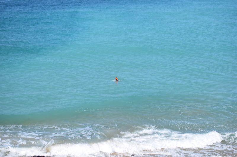 Surf en aguas verdes