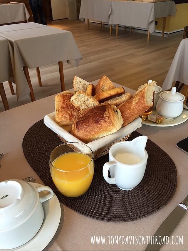 Desayuno-Hotel Le Leman